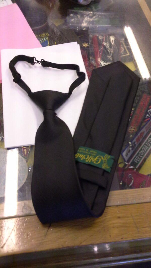 Cravatta-Nera-Gala-con-nodo